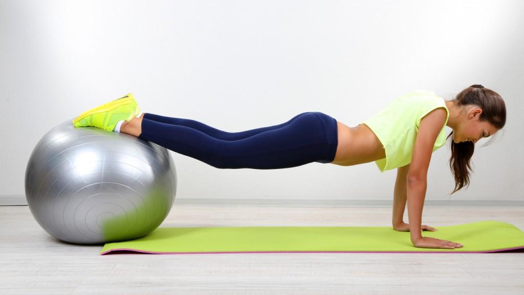 1366x768_fitness-pose-exercises